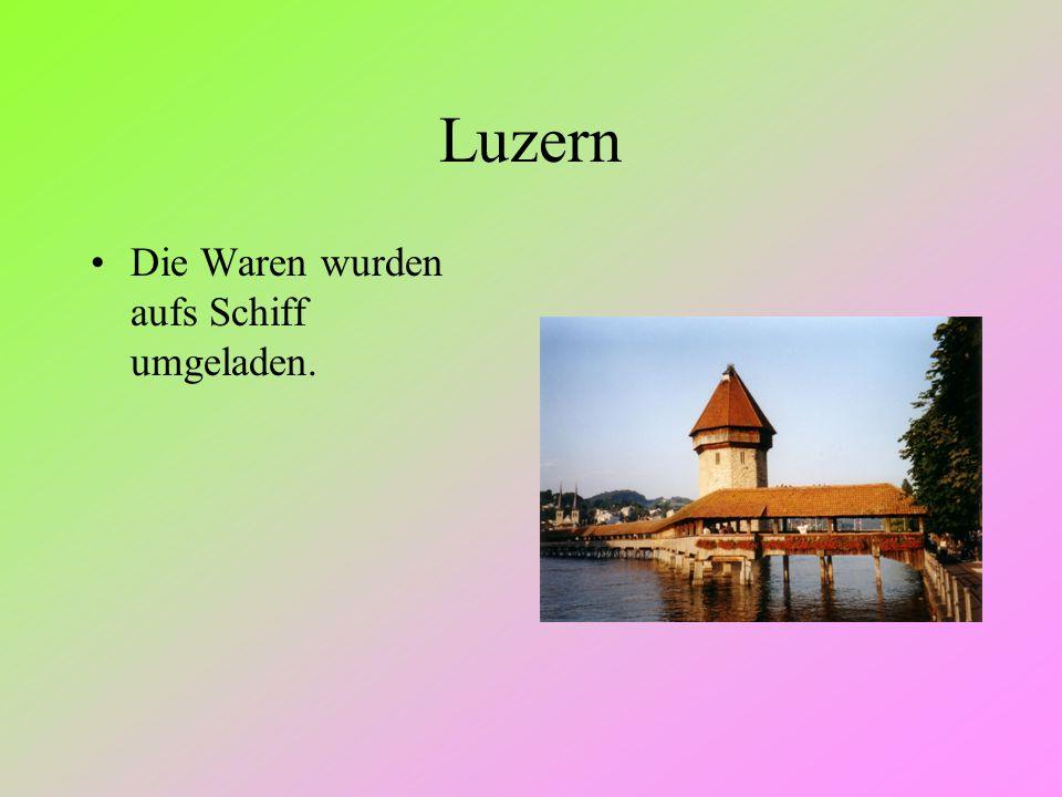 Luzern Die Waren wurden aufs Schiff umgeladen.
