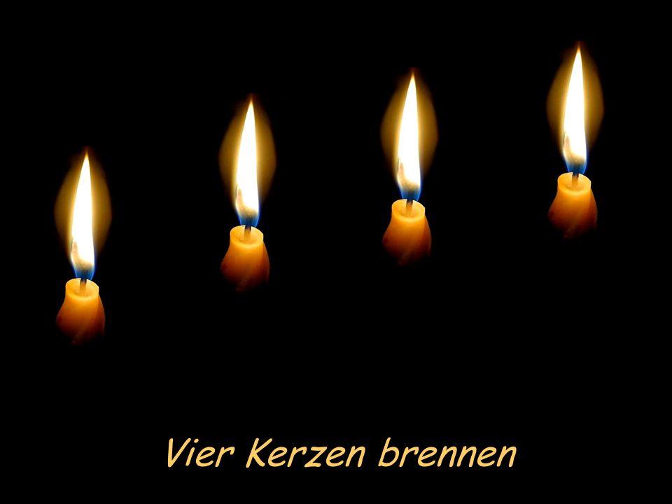 Die vier Kerzen Bitte Lautsprecher anstellen