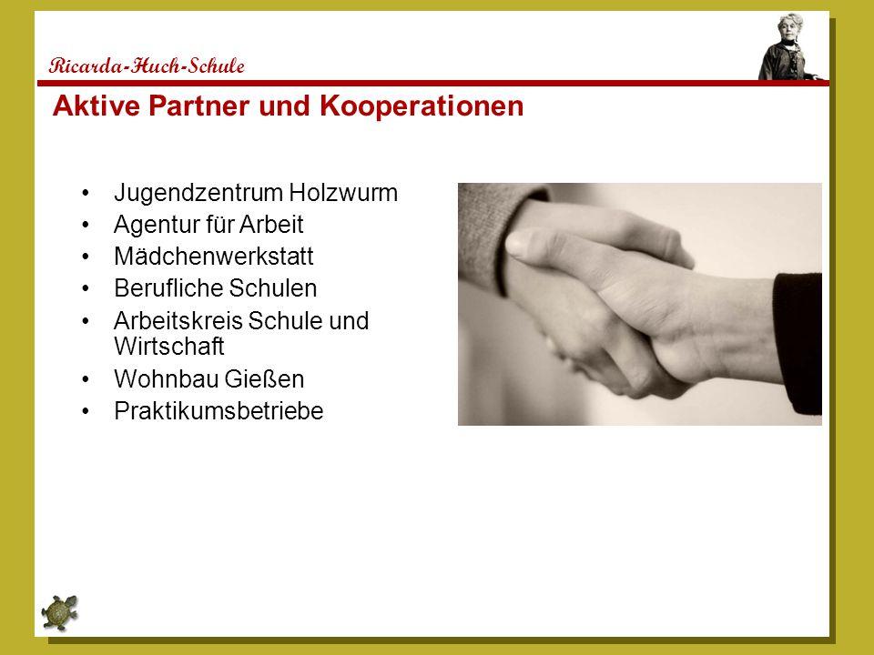 Ricarda-Huch-Schule Jugendzentrum Holzwurm Agentur für Arbeit Mädchenwerkstatt Berufliche Schulen Arbeitskreis Schule und Wirtschaft Wohnbau Gießen Pr