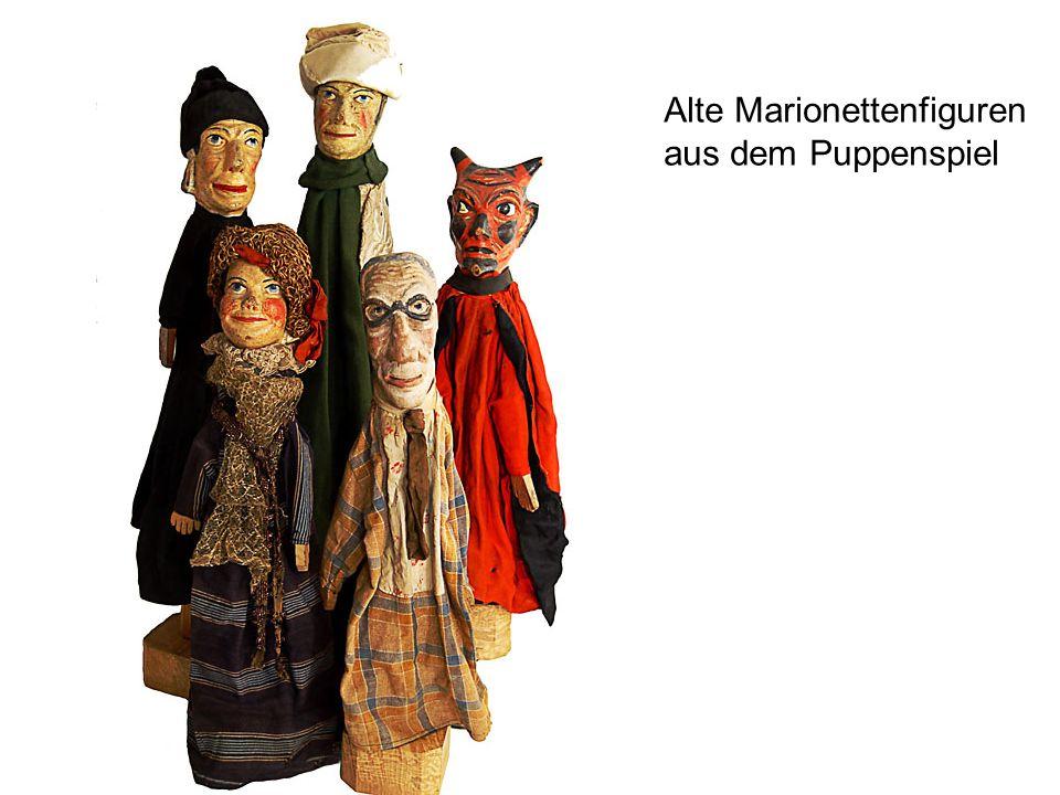 Alte Marionettenfiguren aus dem Puppenspiel