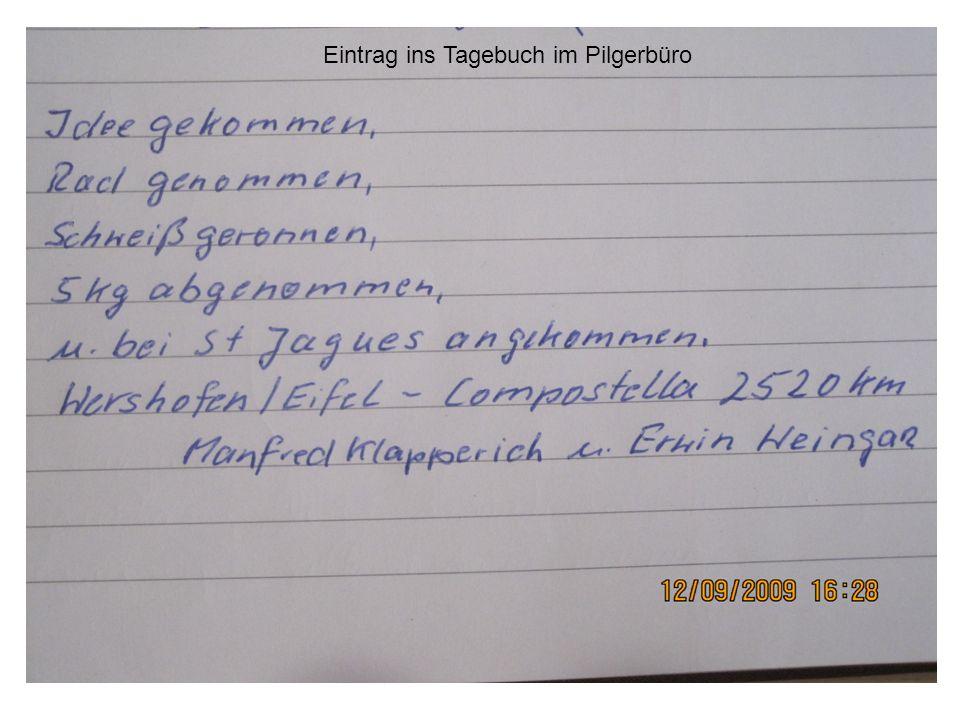 Eintrag ins Tagebuch im Pilgerbüro