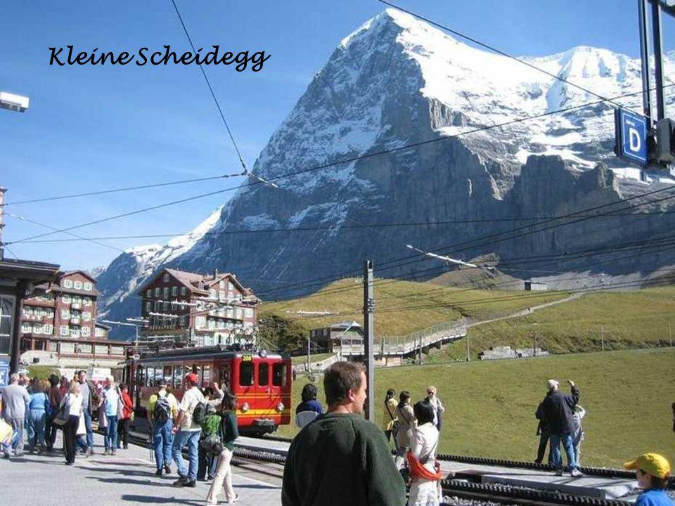 Fahrt auf die kleine Scheidegg die Berühmte Eigernordwand