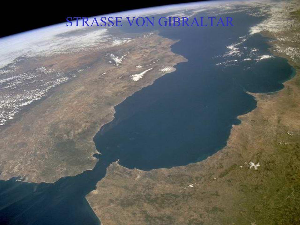 EIN SANDSTURM VON NORD AFRIKA IN DEN ATLANTIK – KANARISCHE INSELN.