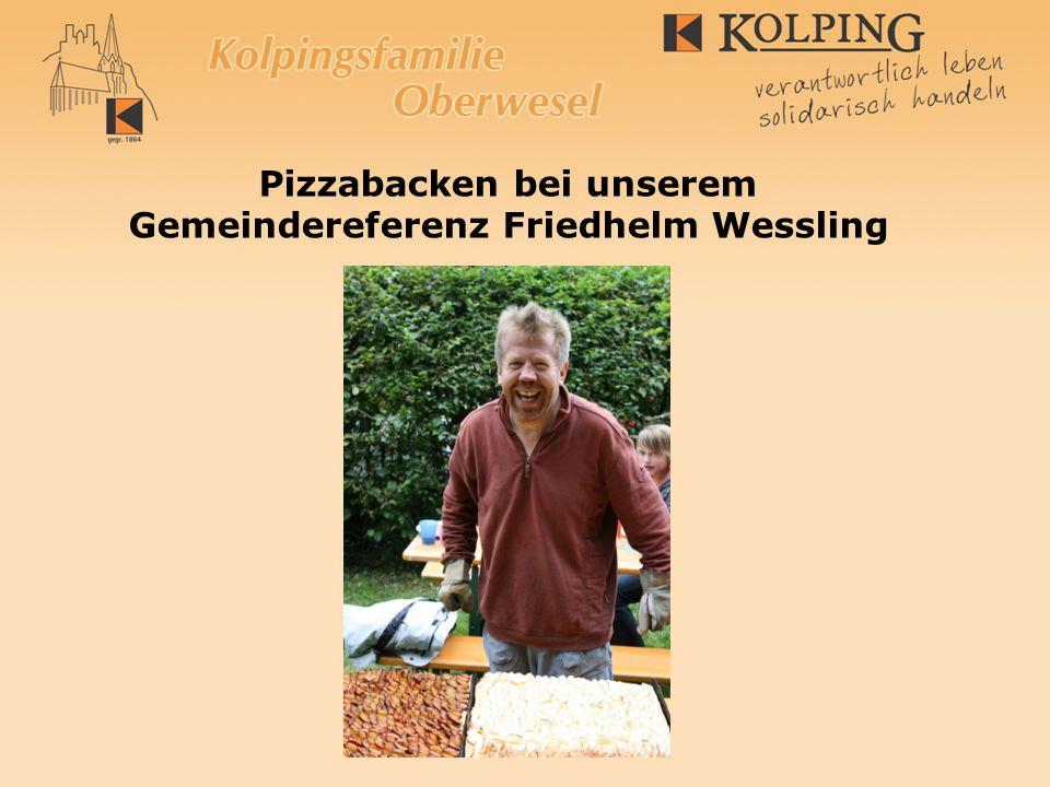 Pizzabacken bei unserem Gemeindereferenz Friedhelm Wessling