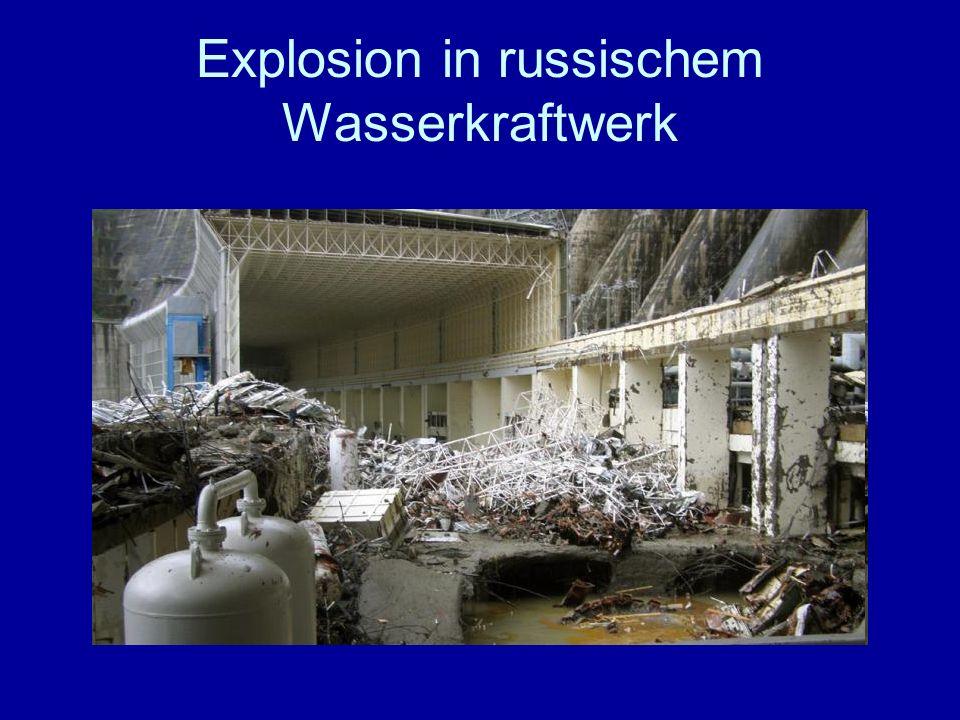 Explosion in russischem Wasserkraftwerk