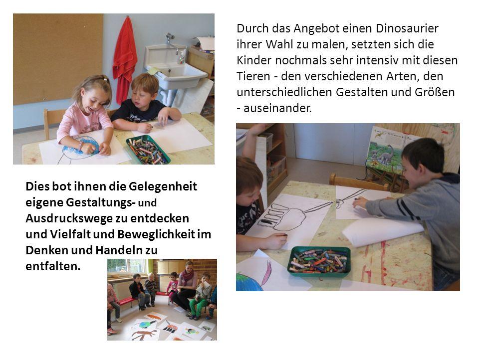 Durch das Angebot einen Dinosaurier ihrer Wahl zu malen, setzten sich die Kinder nochmals sehr intensiv mit diesen Tieren - den verschiedenen Arten, den unterschiedlichen Gestalten und Größen - auseinander.