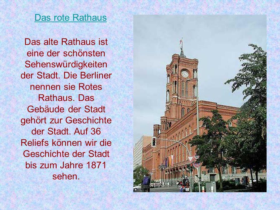 Berliner Schlösser In fast jedem Stadtbezirk Berlins befinden sich größere und kleinere Schlösser, oft mit einem Park. Das größte und schönste Berline