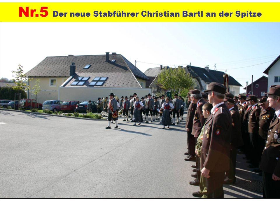 Nr.5 Der neue Stabführer Christian Bartl an der Spitze
