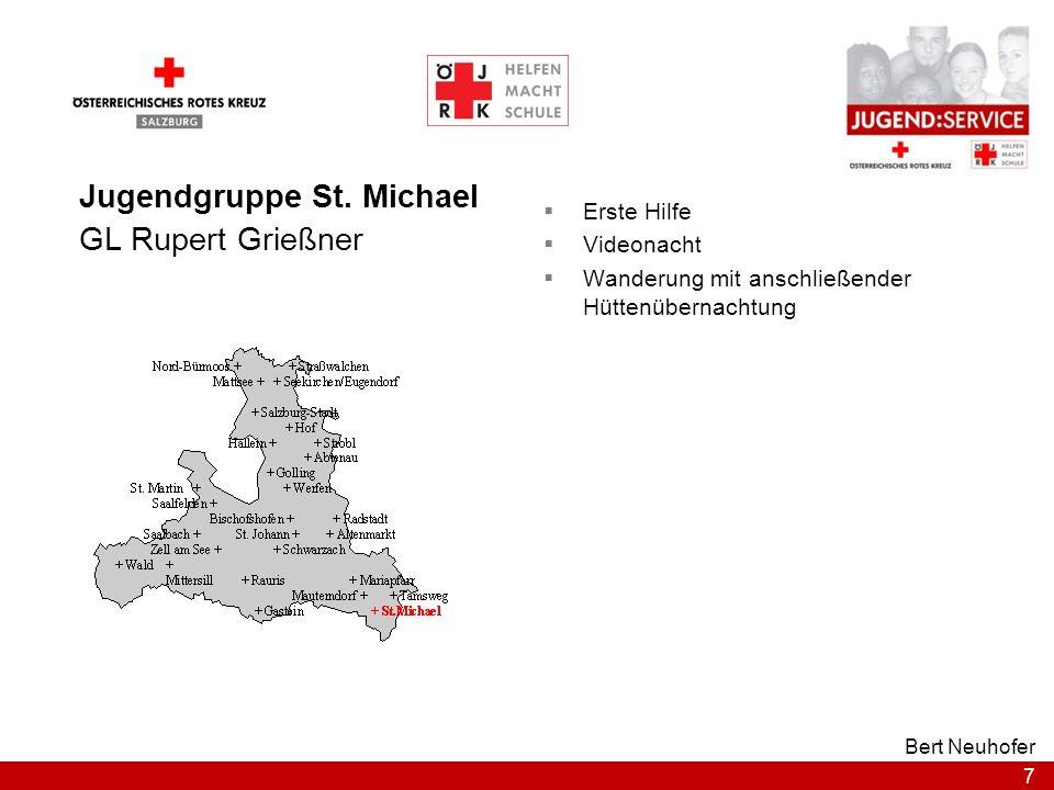 7 Bert Neuhofer Jugendgruppe St. Michael GL Rupert Grießner Erste Hilfe Videonacht Wanderung mit anschließender Hüttenübernachtung
