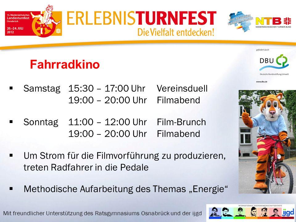 Fahrradkino Samstag15:30 – 17:00 UhrVereinsduell 19:00 – 20:00 UhrFilmabend Sonntag11:00 – 12:00 UhrFilm-Brunch 19:00 – 20:00 UhrFilmabend Um Strom für die Filmvorführung zu produzieren, treten Radfahrer in die Pedale Methodische Aufarbeitung des Themas Energie Mit freundlicher Unterstützung des Ratsgymnasiums Osnabrück und der ijgd