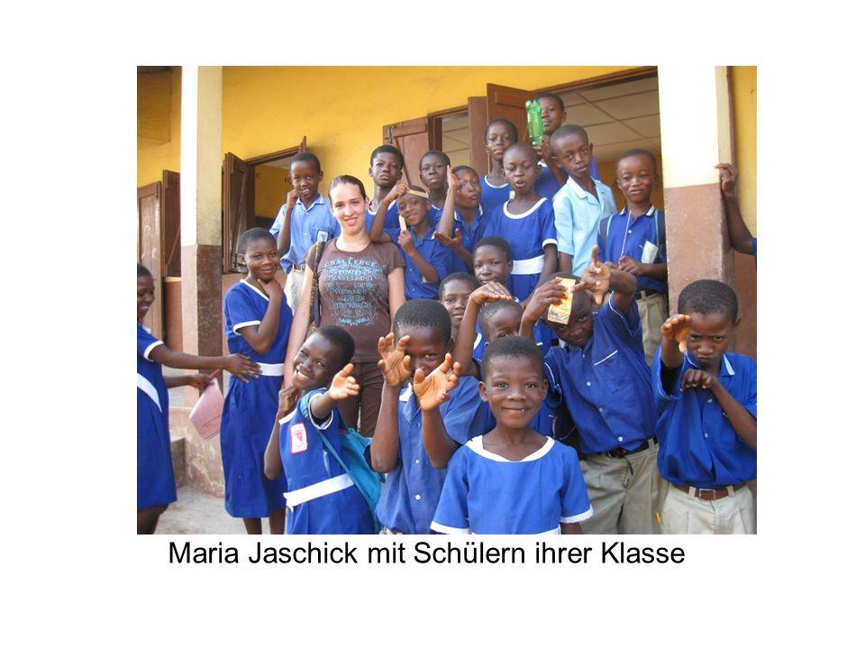 Maria Jaschick mit Schülern ihrer Klasse