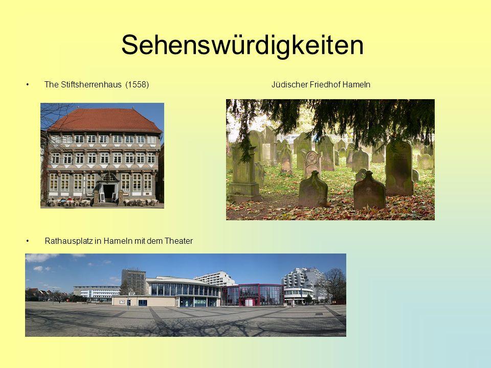 Sehenswürdigkeiten The Stiftsherrenhaus (1558) Jüdischer Friedhof Hameln Rathausplatz in Hameln mit dem Theater