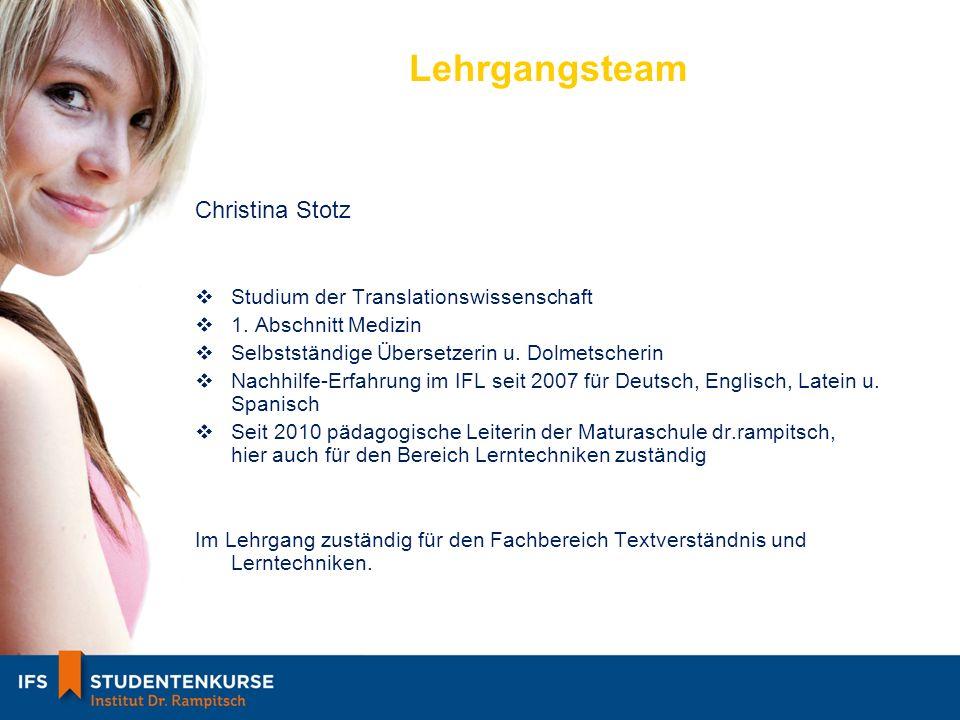Lehrgangsteam Christina Stotz Studium der Translationswissenschaft 1.