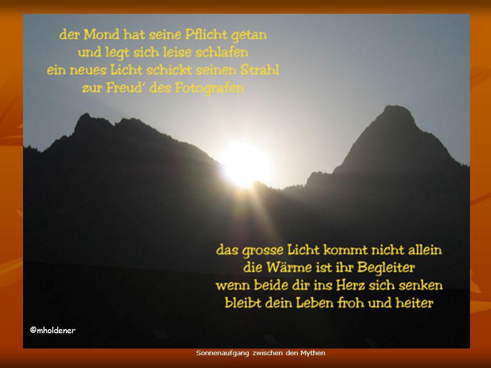 ©mholdener Sonnenaufgang zwischen den Mythen