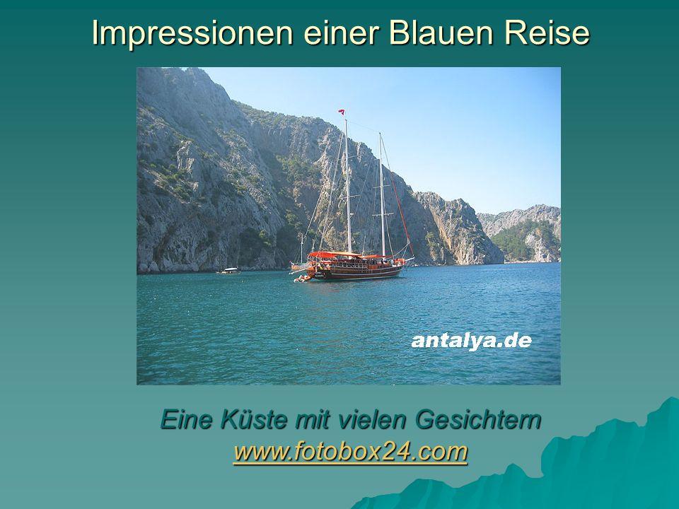 Impressionen einer Blauen Reise Eine Küste mit vielen Gesichtern www.fotobox24.com