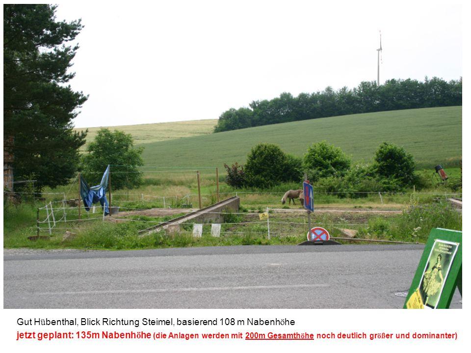 Schloss Berlepsch, Blick vom Turm in Richtung Hedem ü nden, basierend 108 m Nabenh ö he jetzt geplant: 135m Nabenh ö he (die Anlagen werden mit 200m Gesamth ö he noch deutlich gr öß er und dominanter)