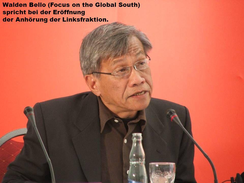 Walden Bello (Focus on the Global South) spricht bei der Eröffnung der Anhörung der Linksfraktion.