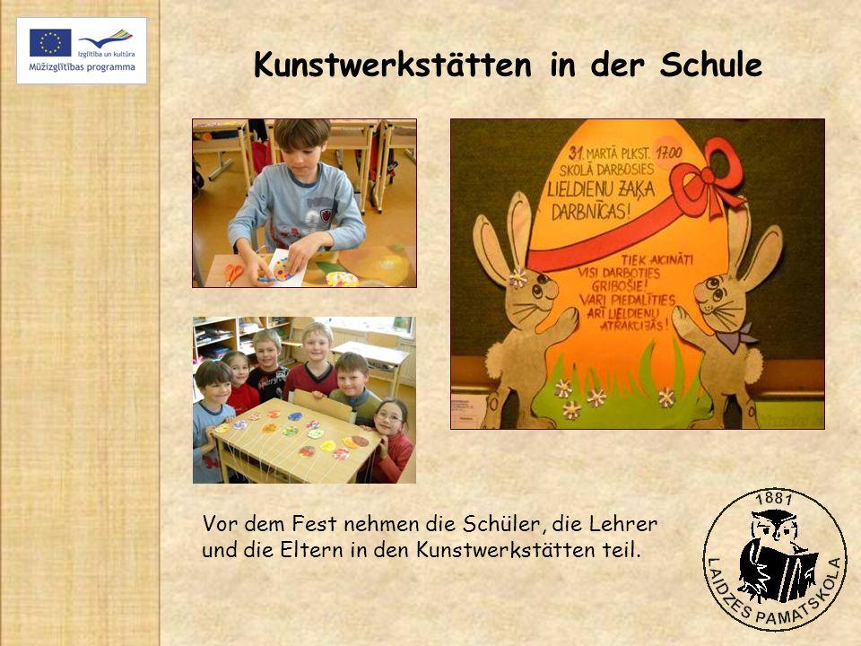 Kunstwerkstätten in der Schule Vor dem Fest nehmen die Schüler, die Lehrer und die Eltern in den Kunstwerkstätten teil.