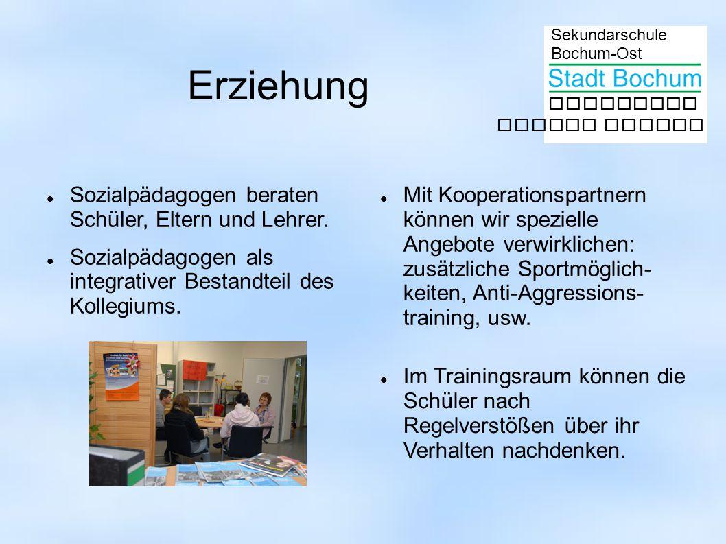 Sekundarschule Bochum-Ost gemeinsam besser lernen Erziehung Sozialpädagogen beraten Schüler, Eltern und Lehrer. Sozialpädagogen als integrativer Besta