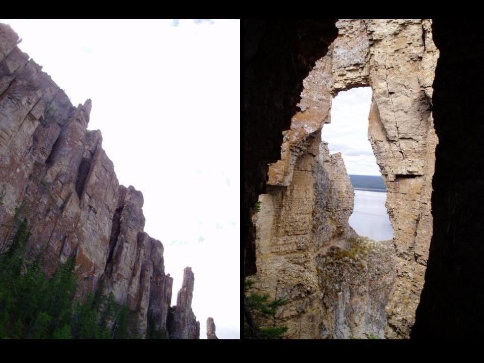 Dieser Wald von steinernen Säulen aus Kalkstein erreicht eine Höhe von 150 Metern, und dehnt sich auf 80 Meilen am Fuß des Flusses Lena aus.