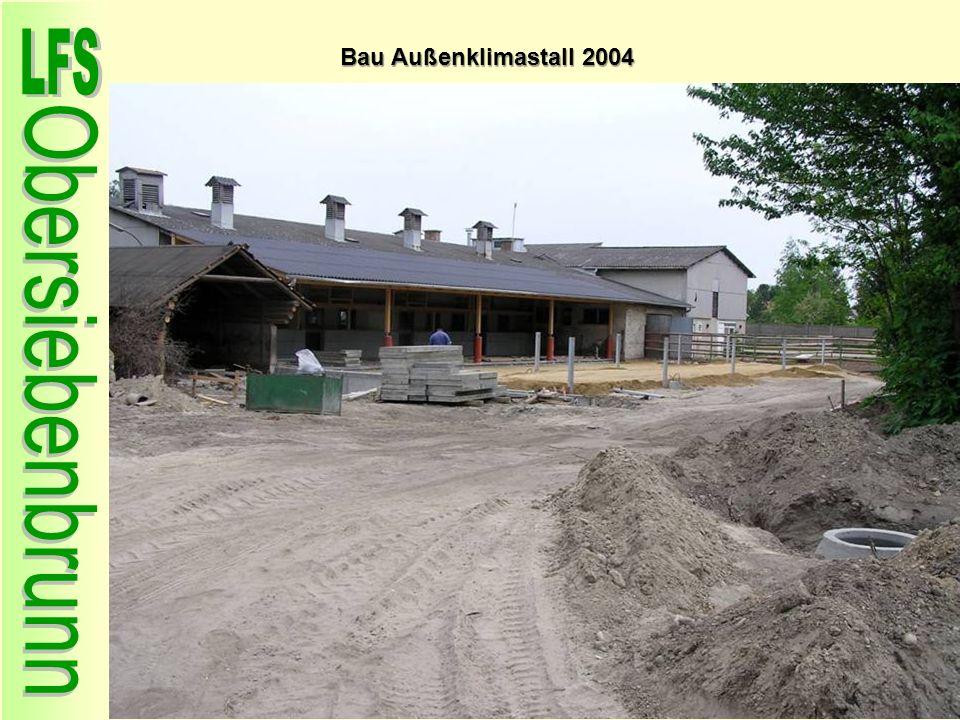 Bau Außenklimastall 2004