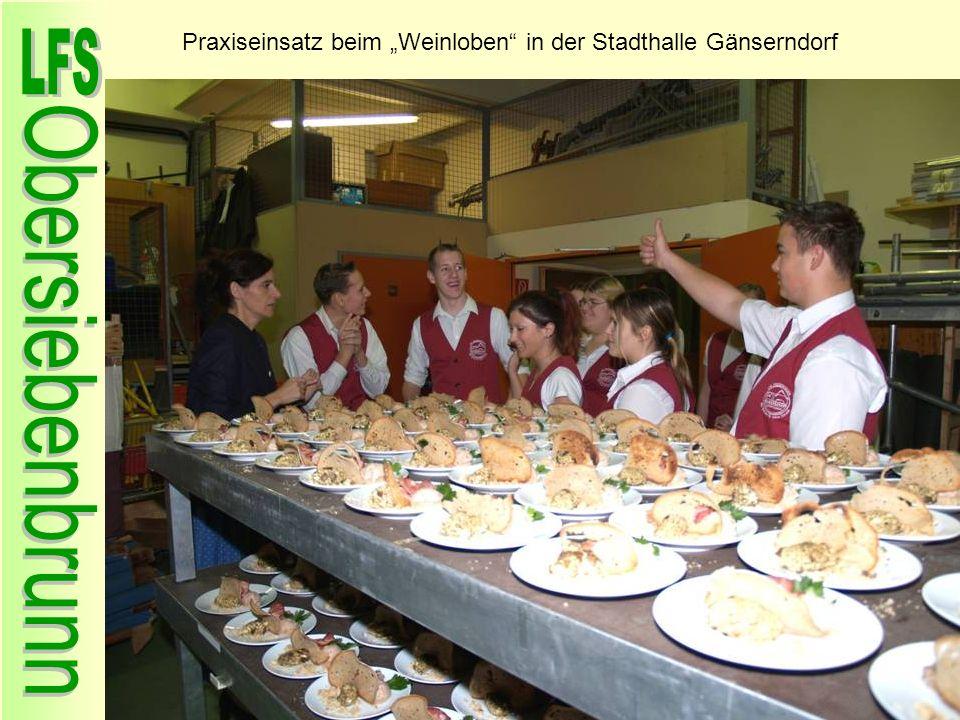 Praxiseinsatz beim Weinloben in der Stadthalle Gänserndorf