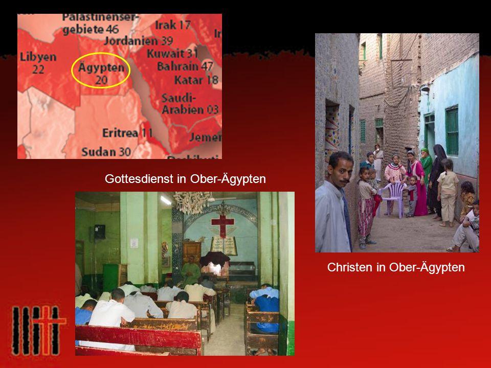 Gottesdienst in Ober-Ägypten Christen in Ober-Ägypten