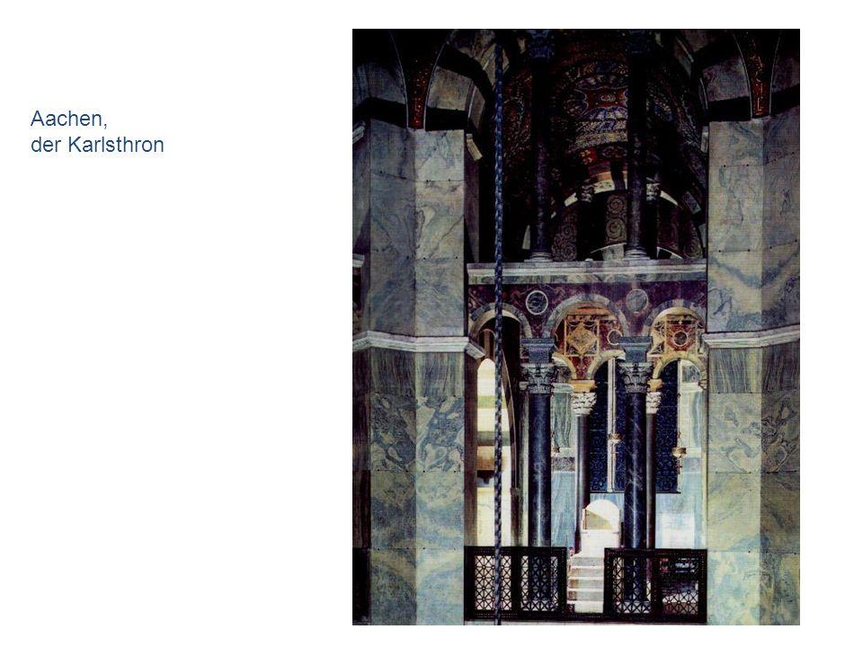 Aachen, der Karlsthron