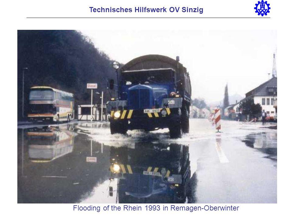 Technisches Hilfswerk OV Sinzig Flooding of the Rhein 1993 in Remagen-Oberwinter