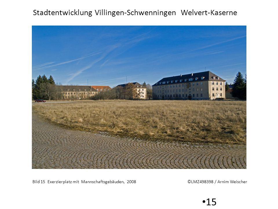 Stadtentwicklung Villingen-Schwenningen Welvert-Kaserne 15 Bild 15 Exerzierplatz mit Mannschaftsgebäuden, 2008 ©LMZ498398 / Arnim Weischer