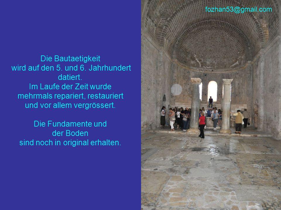 Die Bautaetigkeit wird auf den 5. und 6. Jahrhundert datiert. Im Laufe der Zeit wurde mehrmals repariert, restauriert und vor allem vergrössert. Die F