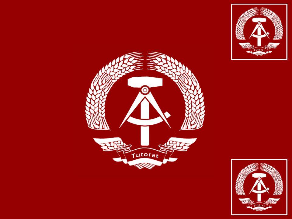Zur Sozial- und Kulturgeschichte der DDR Freies Tutorat im Wintersemester 2005 / 2006 10. Zur Ideologie Marx und seine Epigonen www.ddr.arxantis.com 1