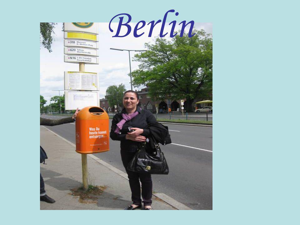 Arbeit mit dem Lückentext lSchüler: Berlin ist ________ Deutschlands.