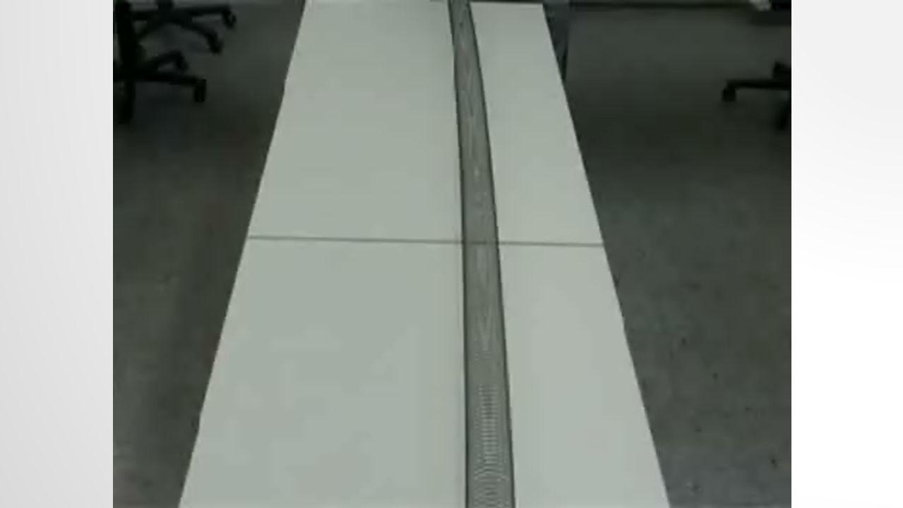 S-WELLEN (RAUMWELLEN) Transversalwellen Ausbreitung mit 2-4 km/s Kann sich nicht in Flüssigkeiten und Gasen ausbreiten Können abgebremst, verzerrt oder gebrochen werden