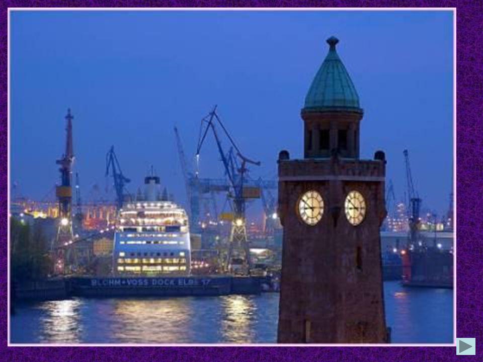 In welcher Stadt liegt der gröβte Hafen Deutschlands? in Bielefeld in Hamburg in Wiesmar