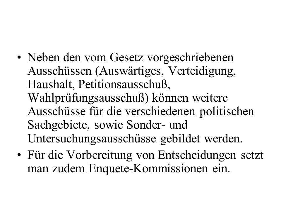 Sie dürfen weder dem Bundestag, dem Bundesrat, der Bundesregierung noch den entsprechenden Organen der Länder angehören.