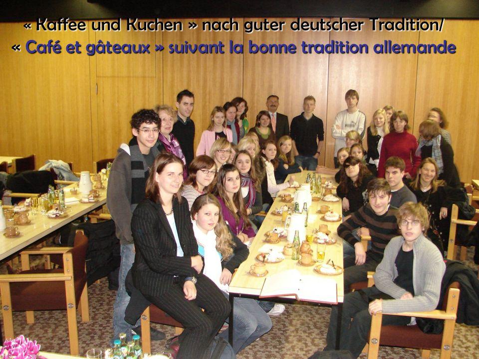 40 « Kaffee und Kuchen » nach guter deutscher Tradition/ « Café et gâteaux » suivant la bonne tradition allemande