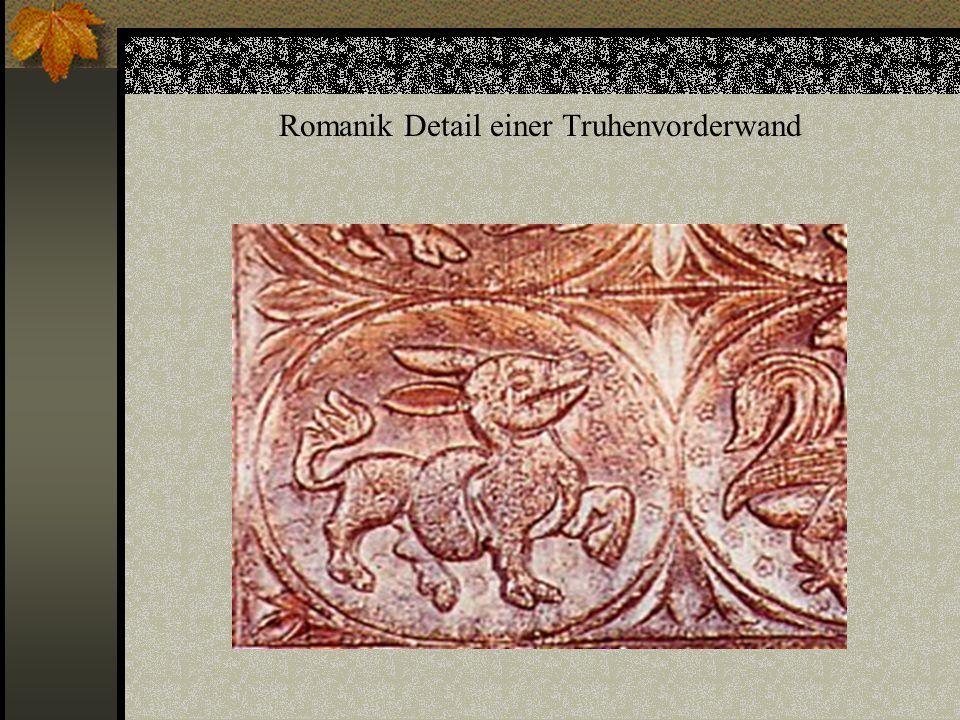 Renaissance Vierfelder Truhe