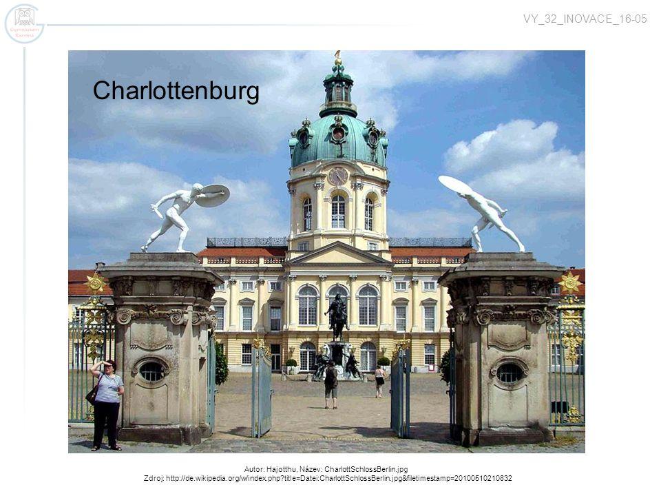 Autor: Ziko, Název: 2009-03-22 Reichstag Nacht.JPG Zdroj: http://de.wikipedia.org/w/index.php?title=Datei:2009-03-22_Reichstag_Nacht.JPG&filetimestamp=20090324195657 Reichstagsgebäude das Deutsche Parlament – übt die gesetzgebende (legislative) Gewalt aus zwei Kammern – der Bundestag, der Bundesrat VY_32_INOVACE_16-05
