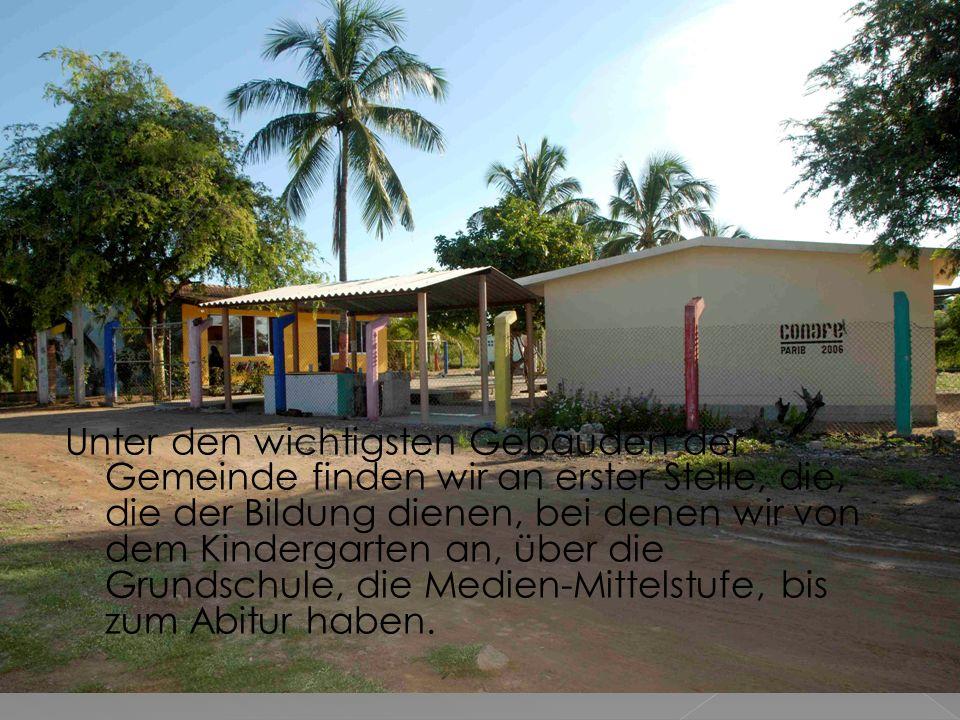 Die Klassenräume sind dem Ort und den Schülern entsprechend ausgestattet.