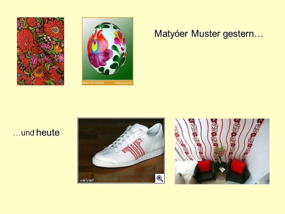 Festivals der Volkskultur Ein der berühmtesten Festivals in Ungarn ist Ostern in Hollókő.