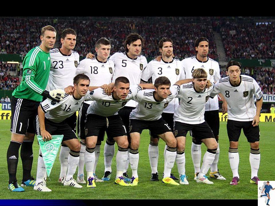 Die Fußball-Bundesliga ist die höchste Spielklasse im österreichischen Fußball.