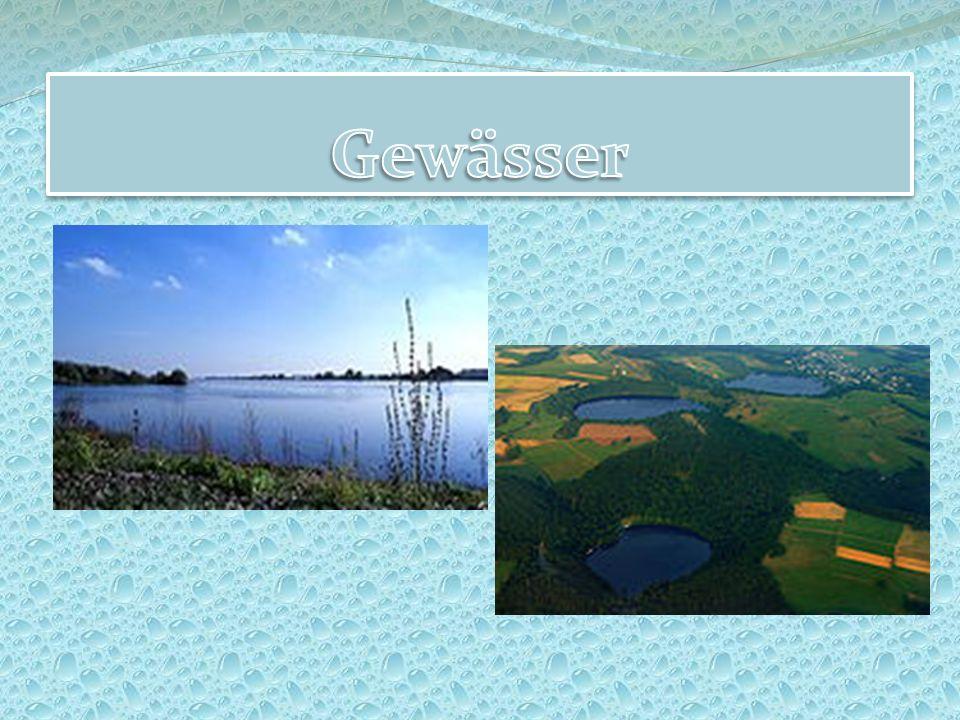In der Nordsee dominieren die Inselgruppe der Nordfriesischen Inseln und die Inselkette der Ostfriesischen Inseln.
