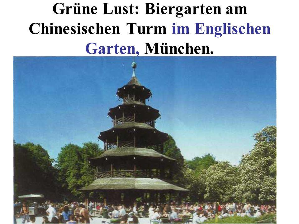 Grüne Lust: Biergarten am Chinesischen Turm im Englischen Garten, München.