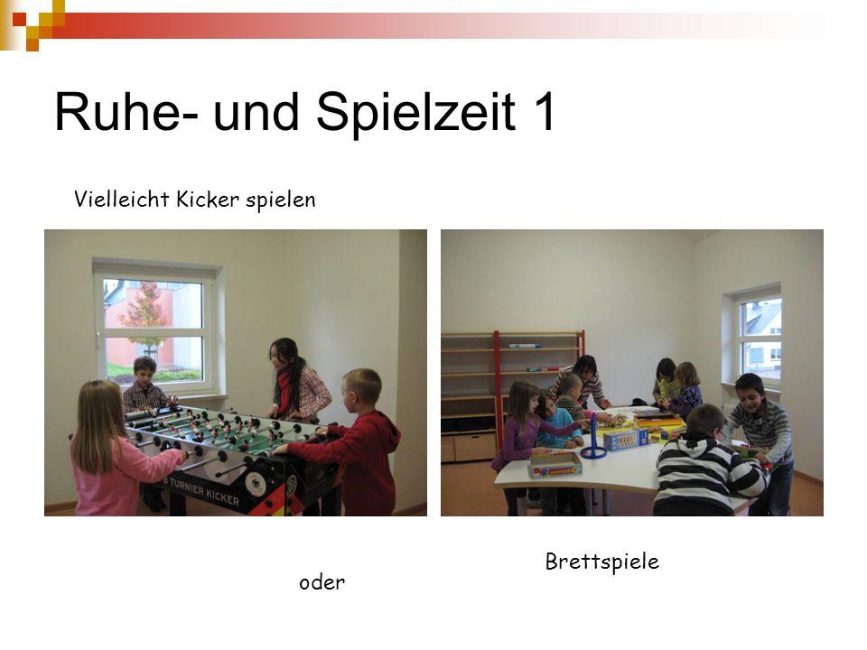 Und so sehen die AGs in Wirklichkeit aus Die Bastel-AG (Frau Häbler)