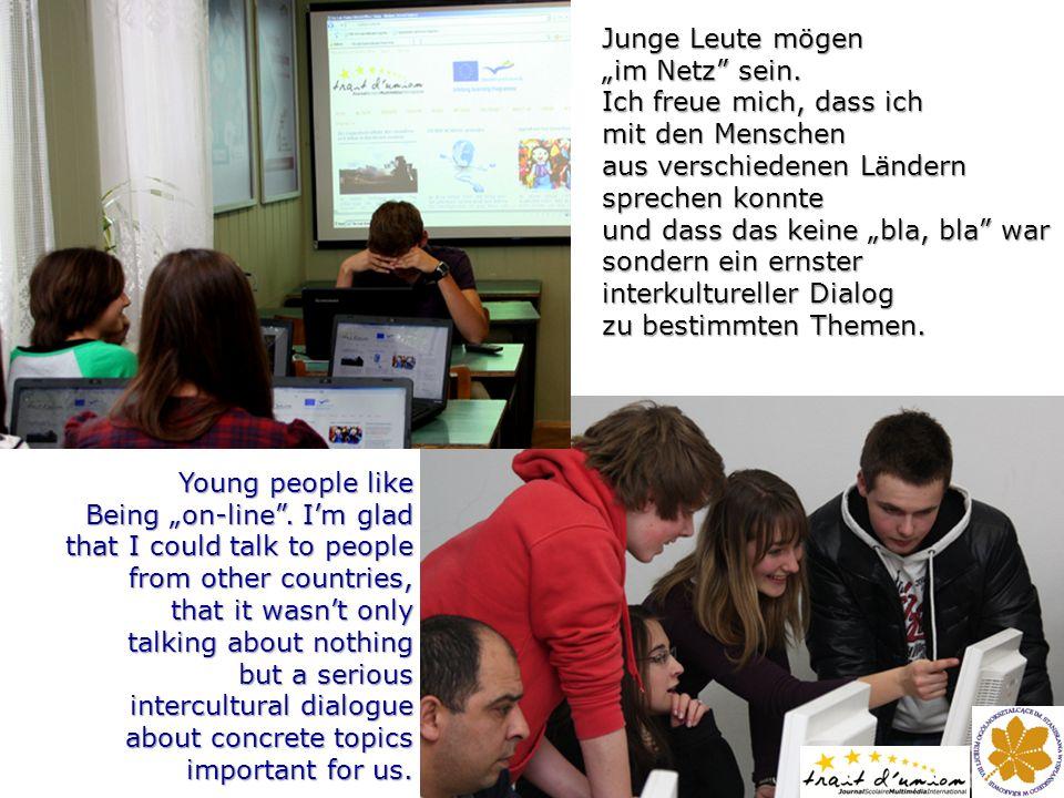 Junge Leute mögen im Netz sein.