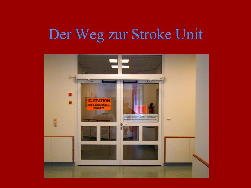 Das interdisziplinäre Team in der Stroke Unit SU - Patient KG ERGOERGO Pflege Logopädie Sozial- dienst Radio- loge Neuro- loge Inter nist