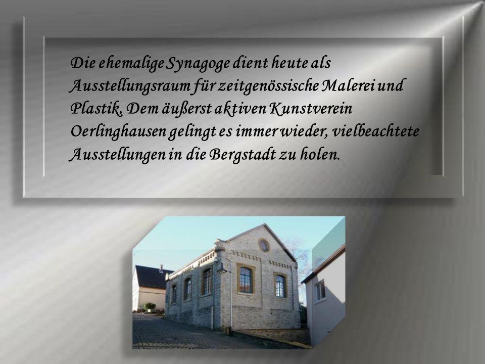Die ehemalige Synagoge dient heute als Ausstellungsraum für zeitgenössische Malerei und Plastik. Dem äußerst aktiven Kunstverein Oerlinghausen gelingt