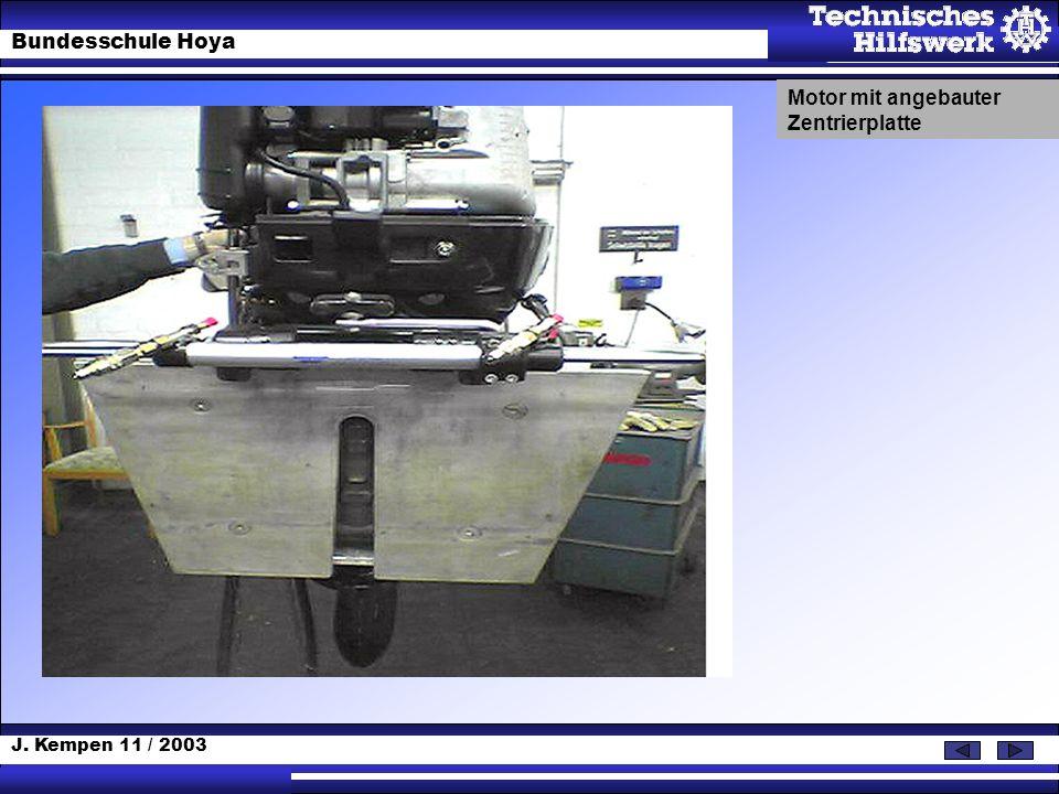 J. Kempen 11 / 2003 Bundesschule Hoya Motor mit angebauter Zentrierplatte