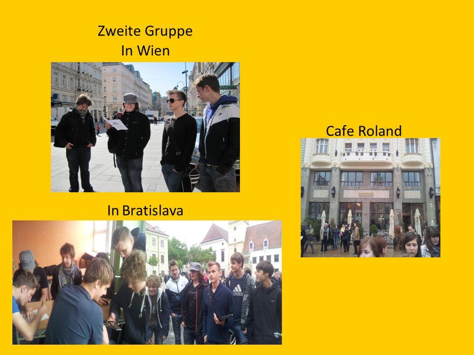 Zweite Gruppe In Wien In Bratislava Cafe Roland